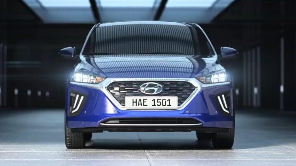 Hybrid Cars UAE