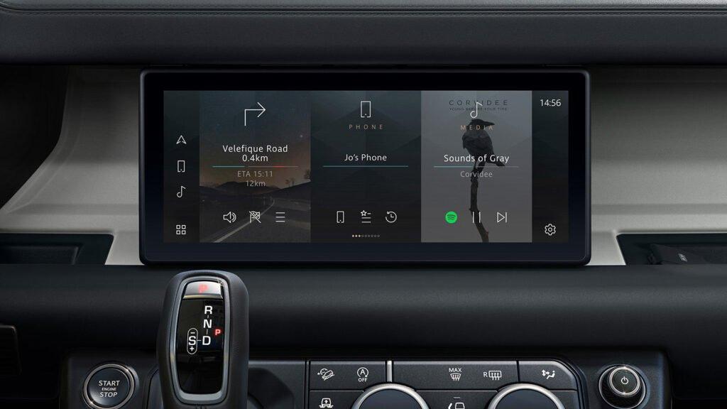 Land Rover Defender Infotainment