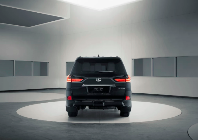 Lexus LX 570 Black Edition 2019