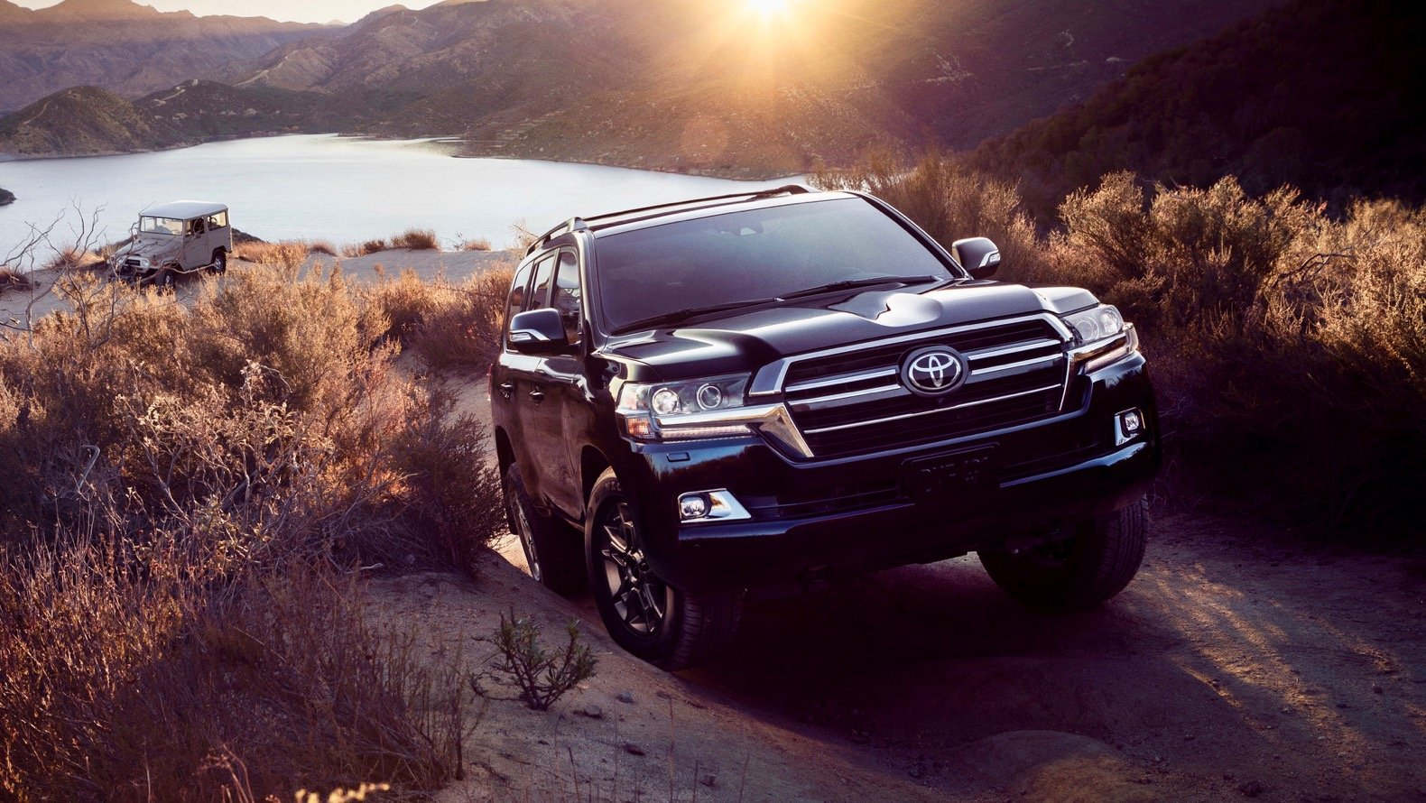 2019 toyota land cruiser gt  review and price in uae