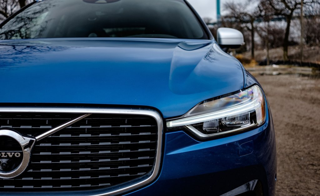 2019 volvo xc60 r-design  review  specs and price in uae