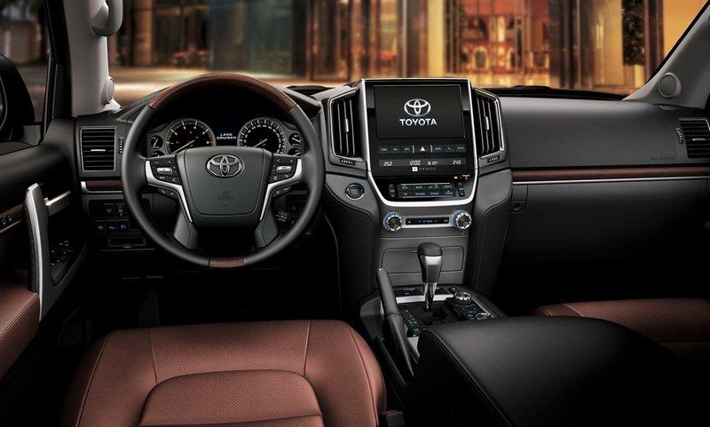 Toyota Land Cruiser GTS