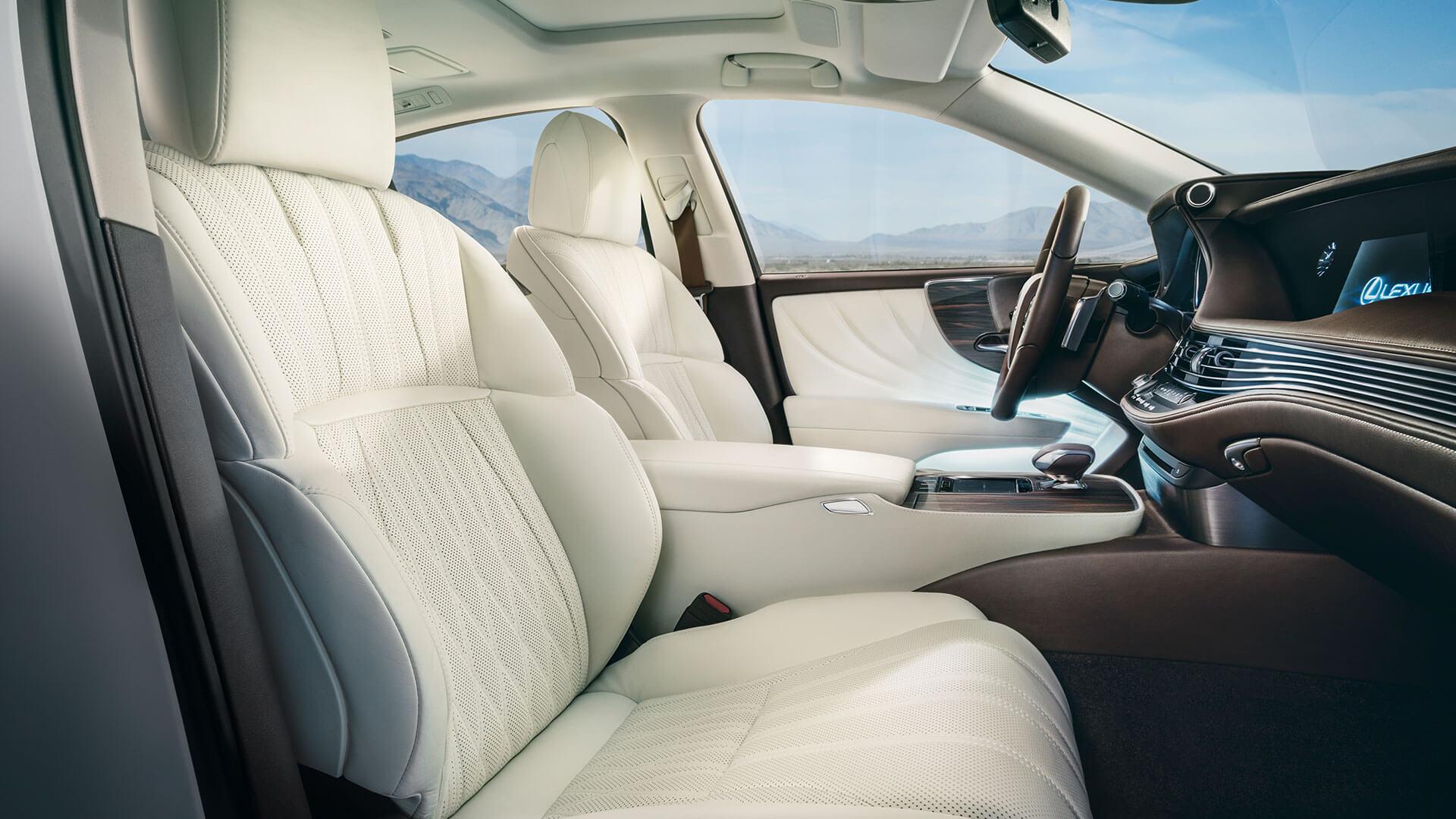 LS 500 Interior