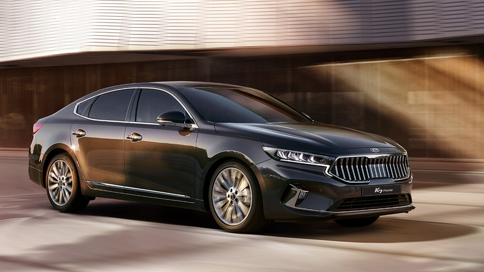 2020 Kia Cadenza: Review, Specs and Price in UAE ...