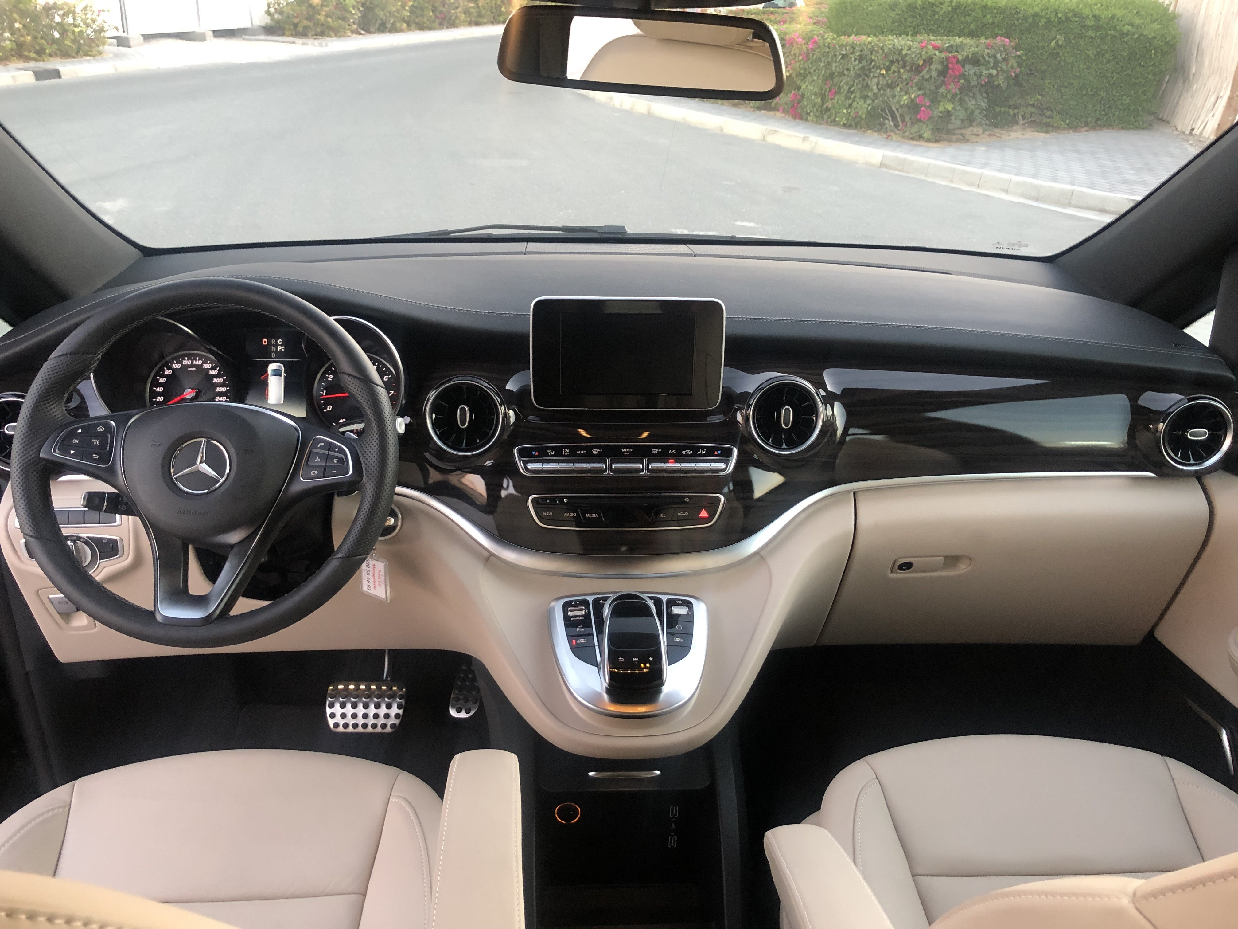 Mercedes Benz Avantgarde Interior Body