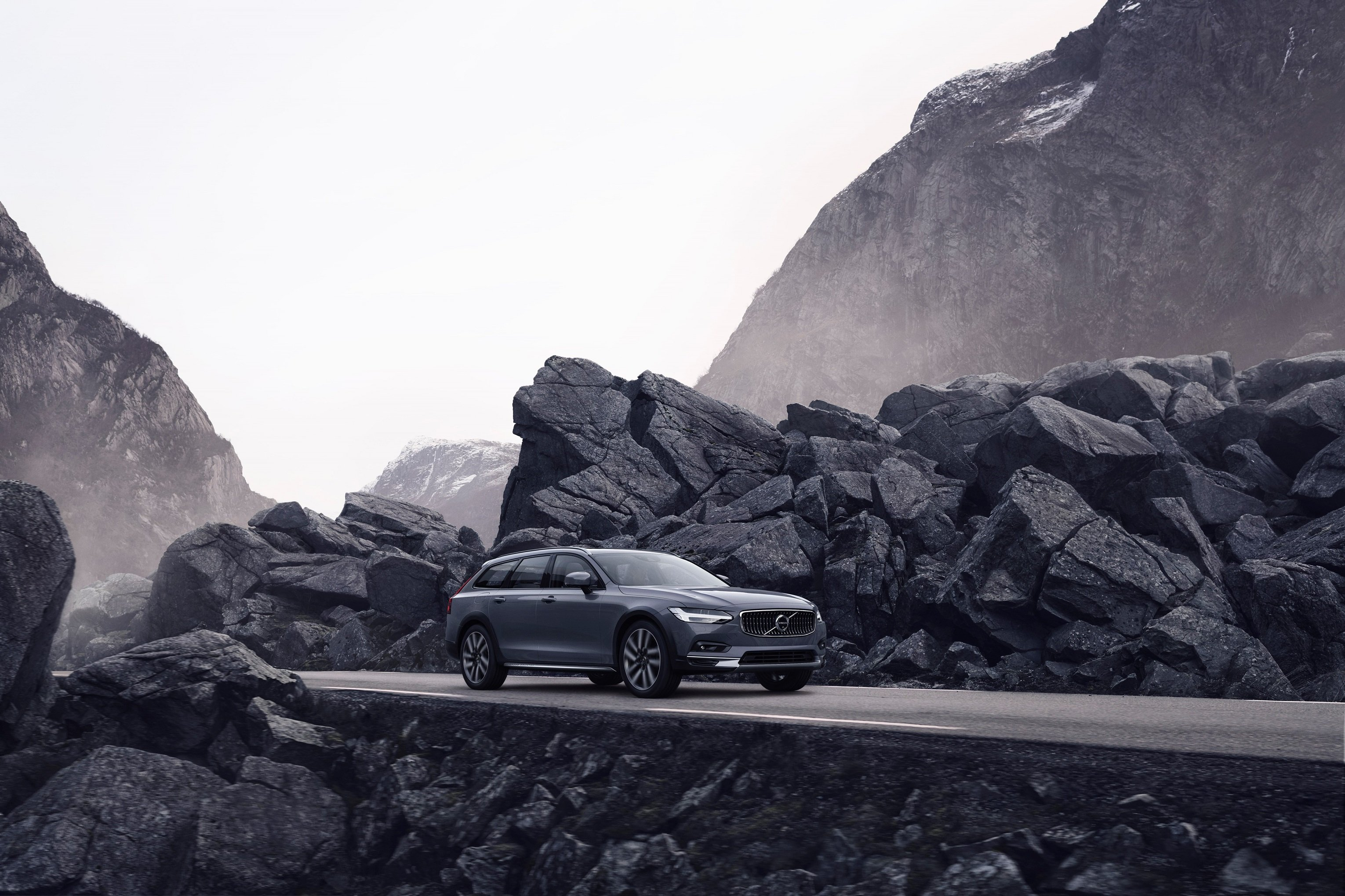 The refreshed Volvo V90 B6 AWD Cross Country in Thunder Grey