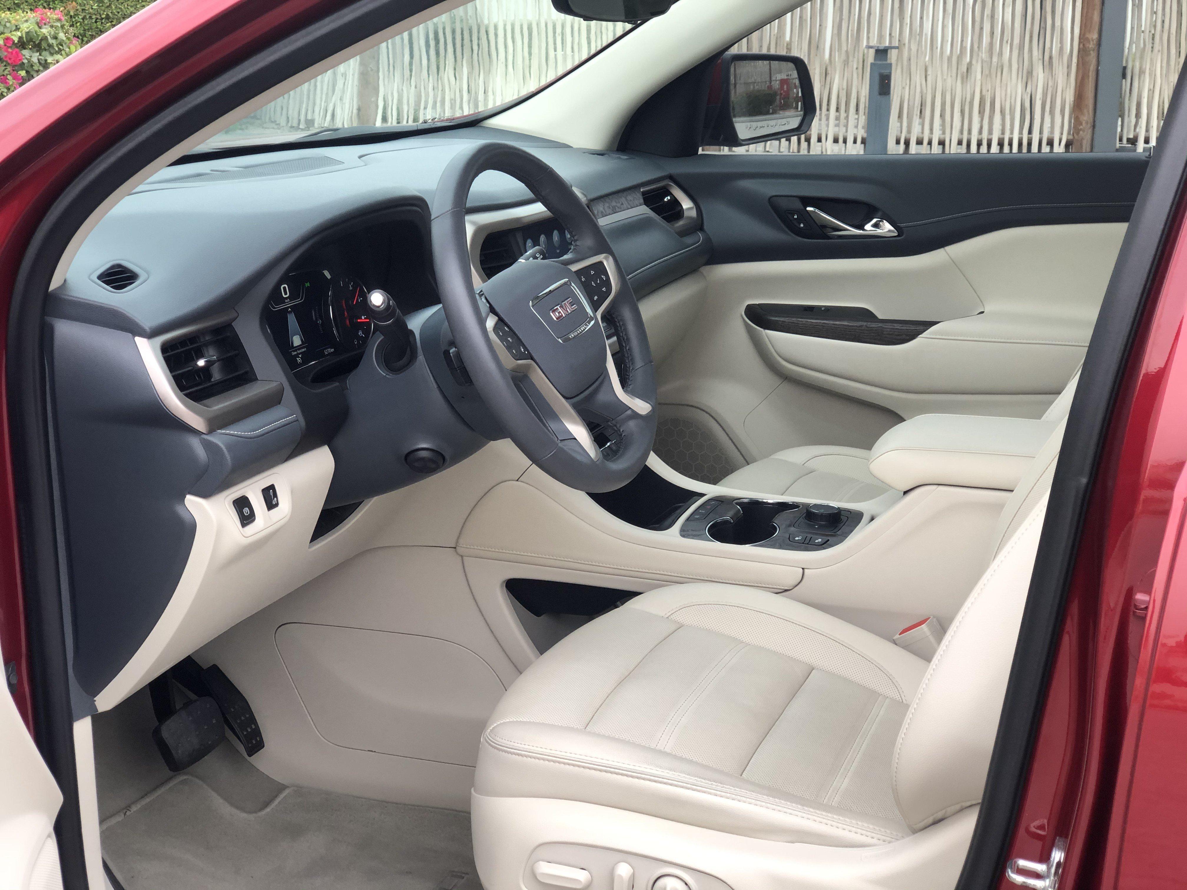 GMC Arcadia 2020 Interior