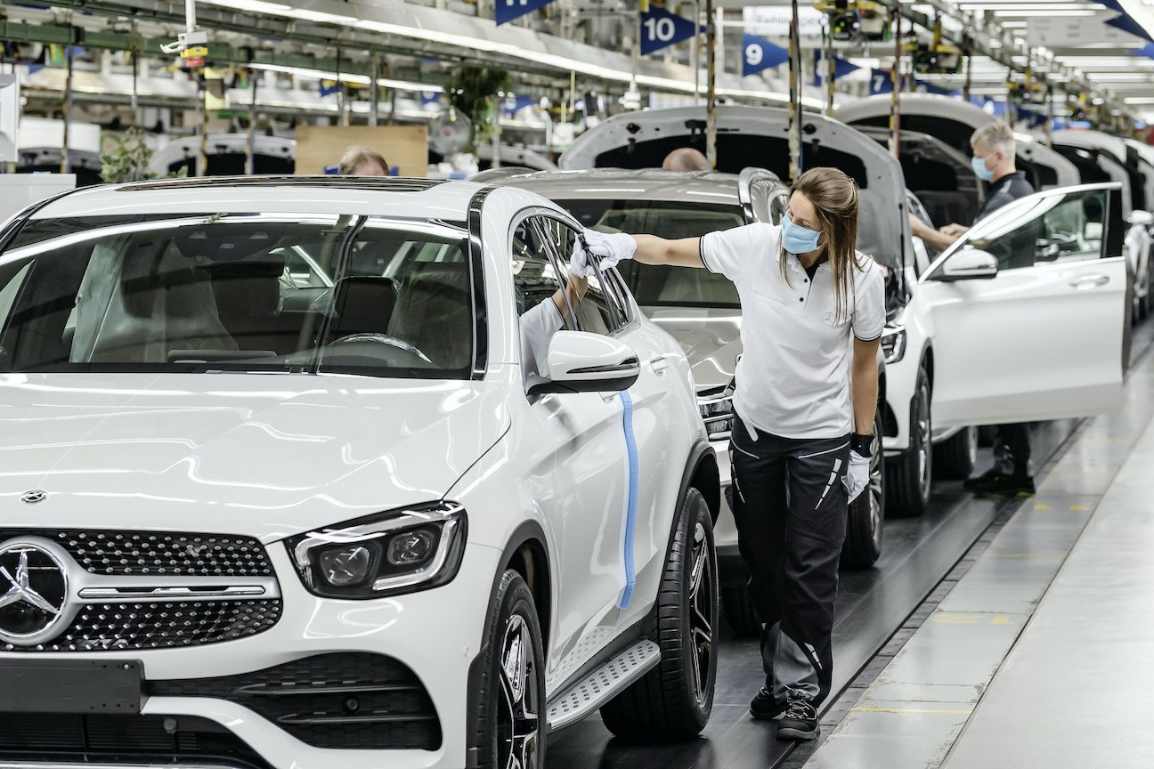 Mercedes-Benz has restarted the car manufacturing plants all across germany taking comprehensive measures to ensure safety among staff