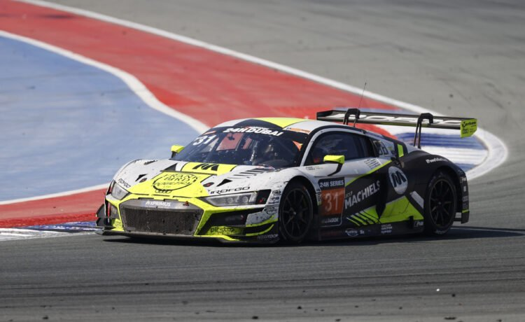 Audi Sport take 2nd at the Dubai 24 hour